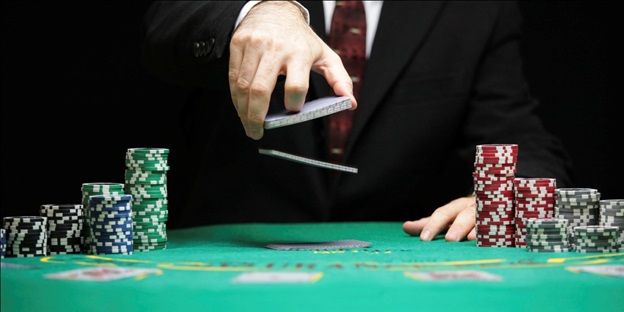 Get Into the Game-What Happens In Online Poker